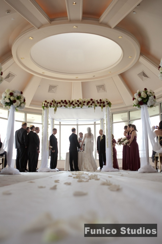 Wedding At Glen Island Harbour Club New Rochelle